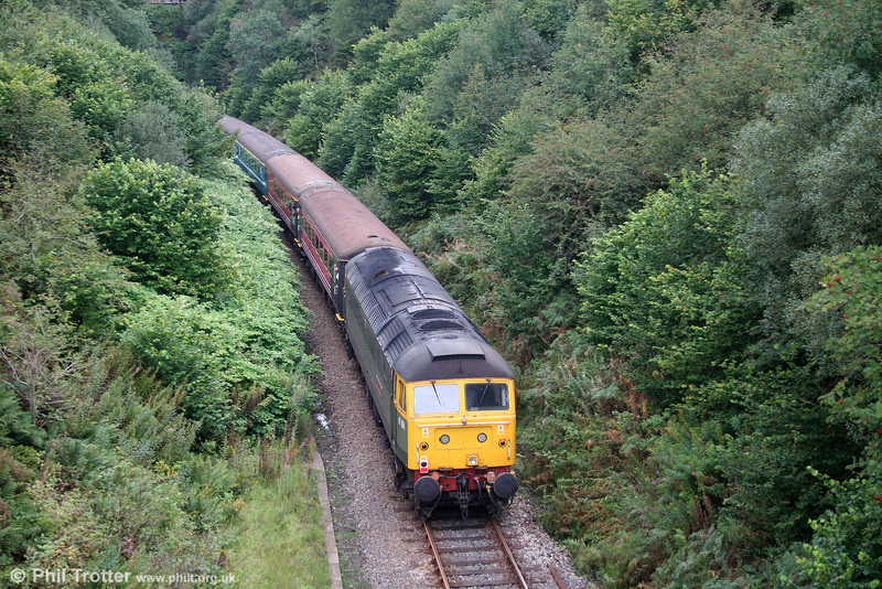 47851 'Traction Magazine' is about to enter Sugar Loaf Tunnel at the rear of 1Z15/51, 0600 York to Cardiff Central, 'The Heart of Wales Statesman' on 11th September 2010.