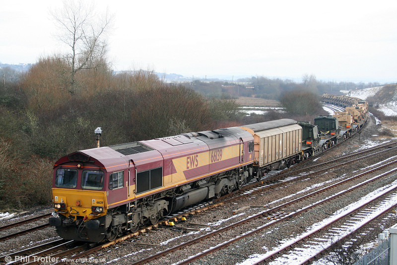 66139 passes Llandeilo Junction with military hardware forming 6Z52, 1046 Margam to Haverfordwest on 31st January 2010. The consist had worked from Redmire to Margam overnight on 29th/30th January.