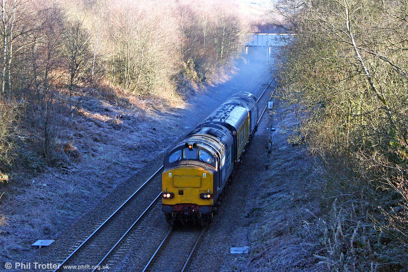 DRS 37259 passes Llangyfelach, Swansea District Line with 2Q88, 0453 Swansea to Whitland via freight branches test train on 14th December 2010. 47832 'Solway Princess' was at the rear.