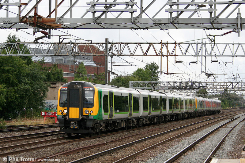 LM 350261 heads south through Harrow & Wealdstone towards London Euston forming the 1005 service from Northampton on 7th August 2010.