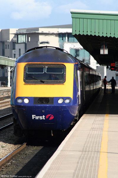 The 1237 London Paddington to Carmarthen prepares to leave Cardiff Central on 14th March 2010.