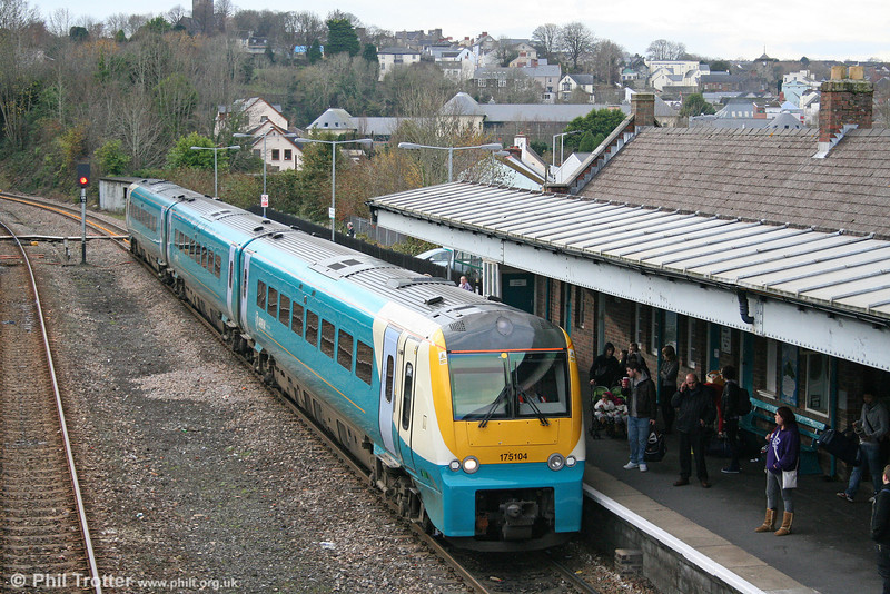 175104 calls at Haverfordwest with the 1323 Milford Haven to Manchester Piccadilly on 21st November 2010.