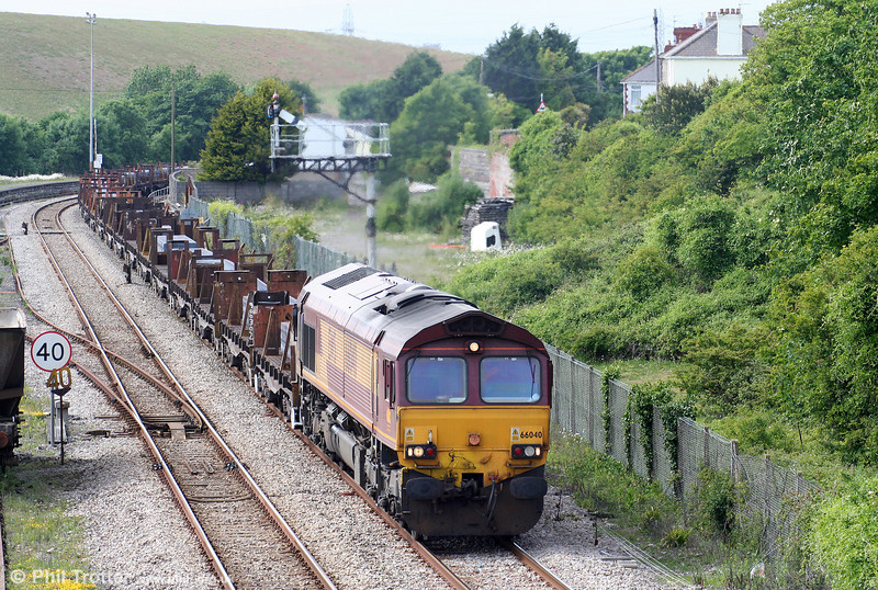 66040 passes Aberthaw with 6H27, 1433 Margam to Llanwern on 13th June 2010.