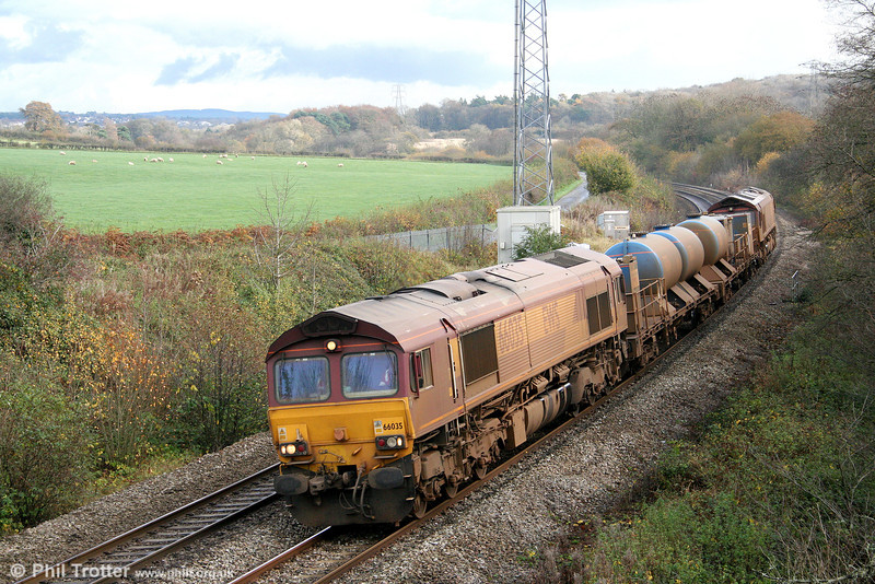 66035 passes Llangewydd, heading back to Margam with the West Wales RHTT 3S61 on 6th November 2010.