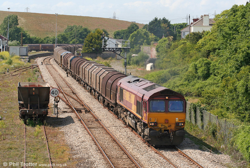 66125 is seen at Aberthaw heading 6O78, 1343 Margam to Dollands Moor on 27th June 2010.