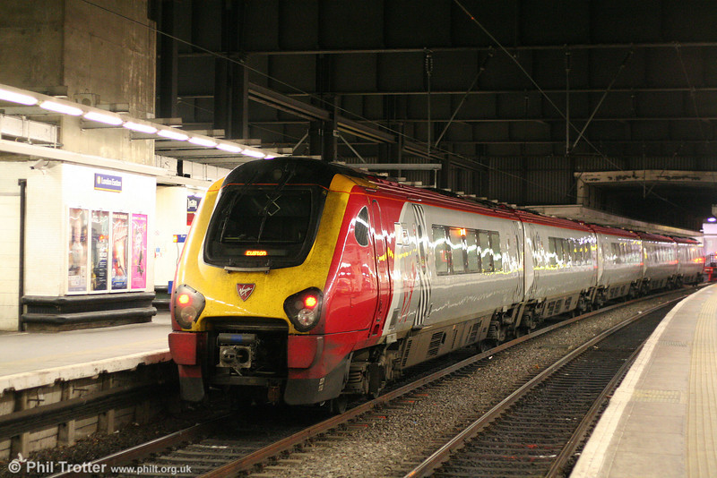 VXC 221113 'Sir Walter Raleigh' at London Euston on 11th October 2010.