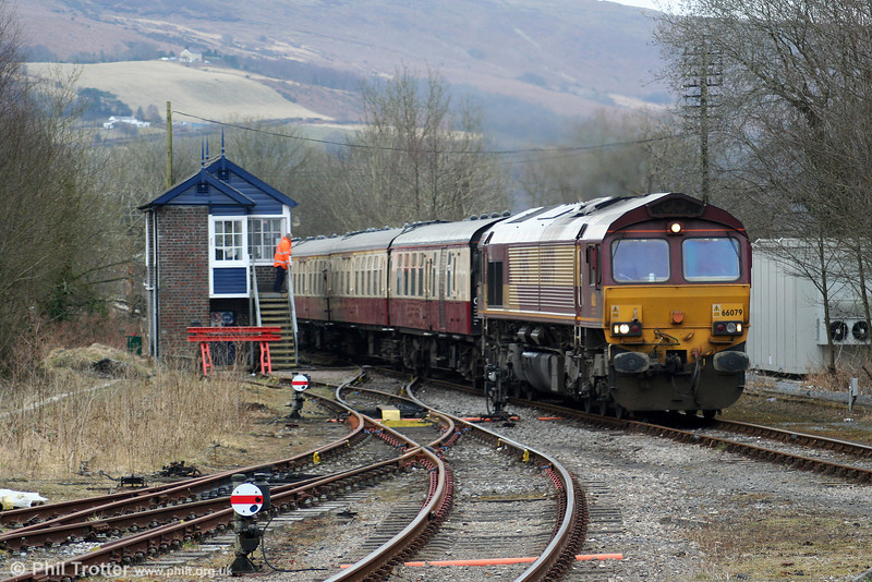 66079 'James Nightall GC' at Pantyffynnon with UK Railtours 1Z39, 0738 London Paddington to Llandrindod Wells, 'The Heart of Wales' on 13th March 2010.