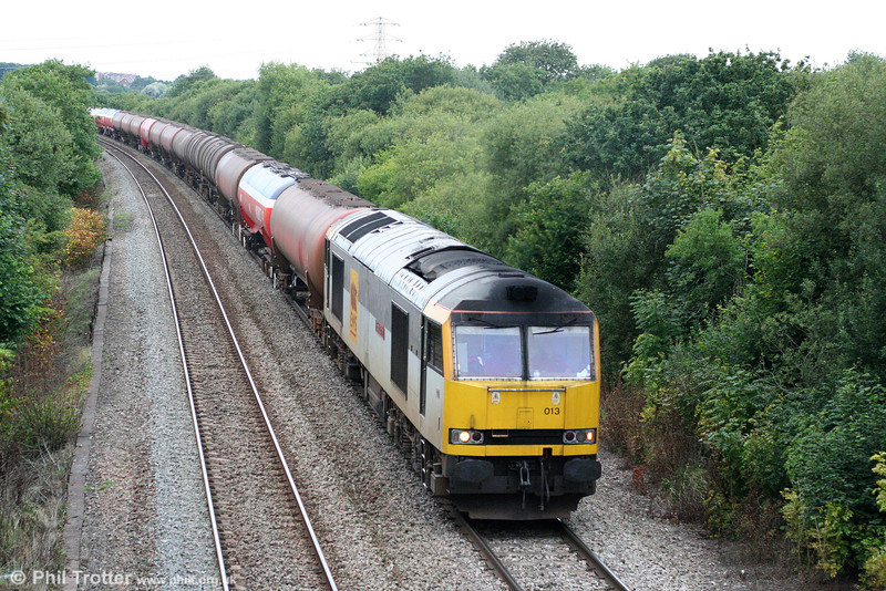 60013 'Robert Boyle' climbs Stormy Bank with 6B13, 0505 Robeston to Westerleigh on 14th August 2010.
