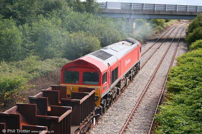 59206 'John F Yeoman - Rail Pioneer' approaches Genwen Junction with 6B61, 1105 Trostre to Margam on 1st August 2010.