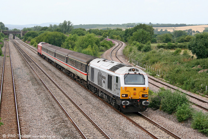 67029 'Royal Diamond' passes Llandevenny with 2C79, 1400 Cardiff to Taunton on 8th July 2010.