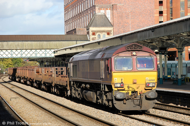 66060 at Newport with 6V92, 1018 Corby to Margam on 18th October 2011.