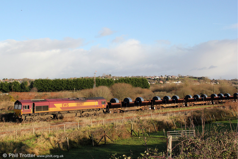 66197 leads into Trostre with 6B11, 1015 Margam to Trostre on 18th December 2011.