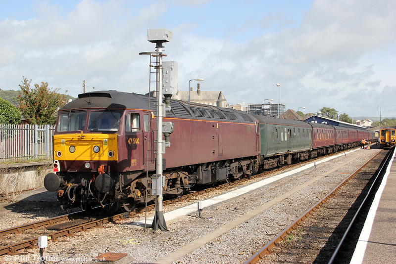West Coast's 47500 waits at Carmarthen on 11th September 2011, with the Railway Touring Company's 1Z24, 1253 to Pembroke Dock, 'The Pembroke Coast Express'.