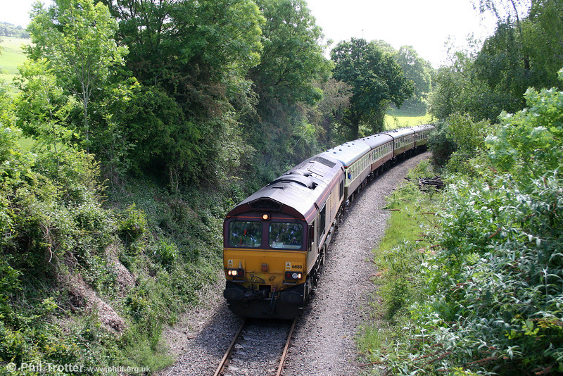 66188 approaches Church Road, Machen on the former Brecon and Merthyr line with UK Railtours 1Z65, 0845 London Paddington to Cardiff Central via Machen Quarry, 'The Thames Taff' on 22nd May 2011.