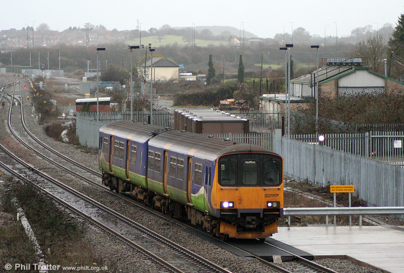 150130 prepares to call at Severn Tunnel Junction with the 1000 Cardiff Central to Taunton on 15th January 2011.