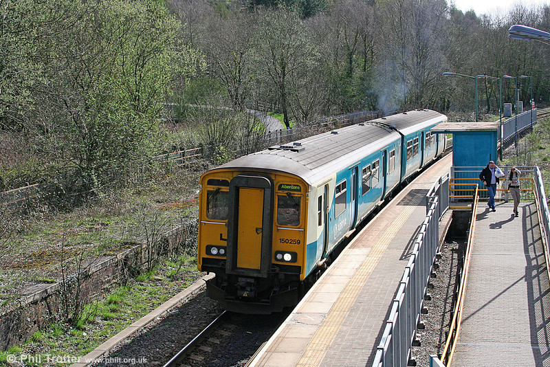 150259 pulls away from Penrhiwceiber forming the 1040 Barry Island to Aberdare on 2nd April 2011.