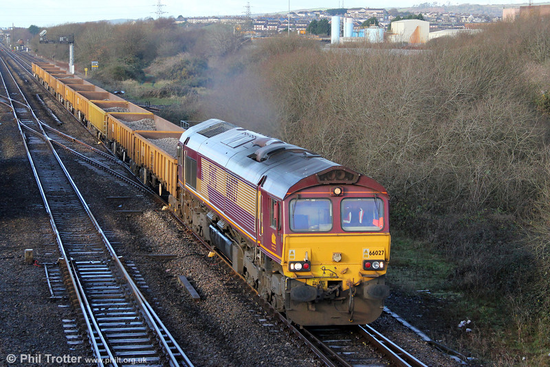 After overnight engineering work on the Pembroke Dock branch, 66027 passes Llandeilo Junction with 6W38, 0730 Pembroke Dock to Westbury on 18th December 2011.