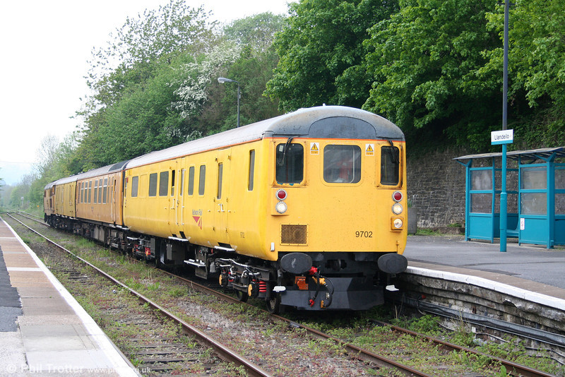 NR DTC 9702 leads into Llandeilo with Test Train 3Z19, 0757 Bristol Barton Hill to Derby RTC on 29th April 2011. The train was propelled by 31602 'Driver Dave Green'.