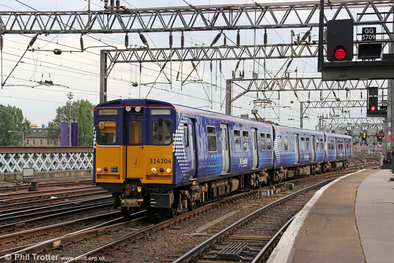 Reliveried 314204 arrives at Glasgow Central forming 2N31, 1700 from Neilston on 4th August 2012.