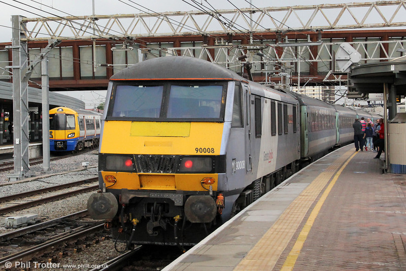 90008 'The East Anglian' propels 1P54, 1800 London Liverpool Street to Norwich at Stratford on 25th August 2012.