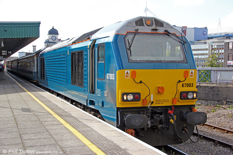 67003 makes a timely departure from Cardiff Central with 1W91, 1615 to Holyhead on 22nd August 2012.