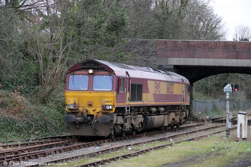 One of the few 662XX series EWS class 66s still operating in the UK, 66232 is seen in Briton Ferry Yard while running around its train, 6W40, 1100 Margam/Briton Ferry to Bescot on 8th January 2012.
