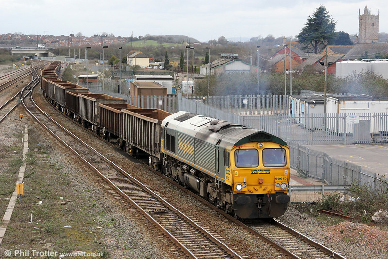 66615 passes Severn Tunnel Junction with 6L33, 1304 Cardiff Tidal to Dagenham empty bogie boxes on 17th March 2012.
