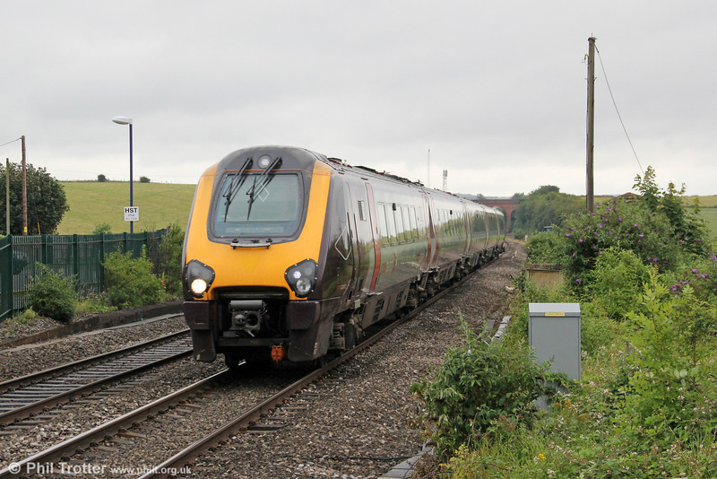 221127 is seen at Cholsey forming 1M38, 0945 Bournemouth to Manchester Piccadilly on 14th July 2012.