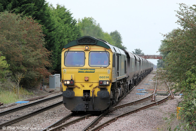 66514 is seen at Ashchurch with 4V06, 0853 Rugeley Power Station to Stoke Gifford on 1st September 2012. Note the corrosion around the cab windows; a reminder that 66514 is now 12 years old.