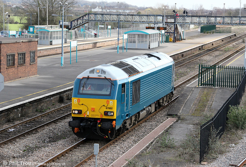 67002 returns through Severn Tunnel Junction running as 0Z61, 1006 Goucester to Cardiff Canton on 20th March 2012. Not surprisingly perhaps, the locomotive has now lost its postal name, 'Special Delivery'.