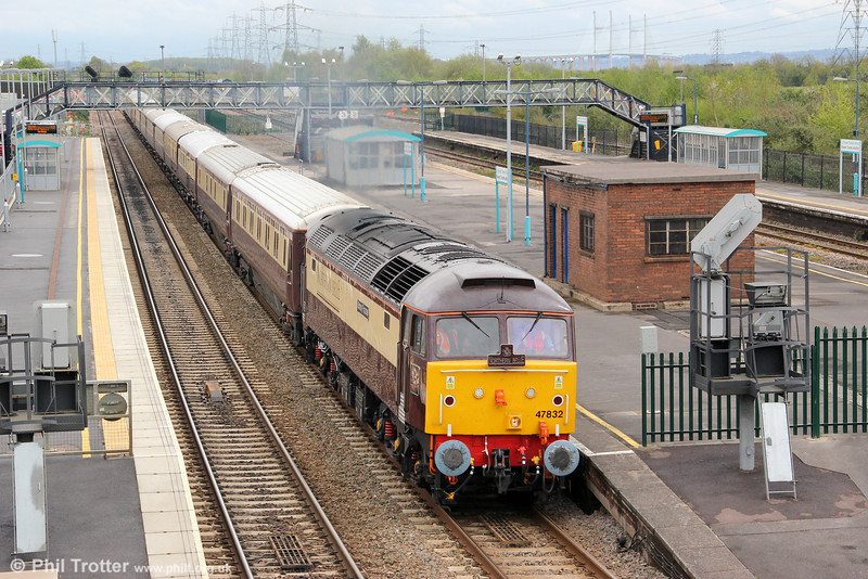 Having worked a Northern Belle excursion from Norwich to Bath, 47832 'Solway Princess' passes Severn Tunnel Junction with 5Z40, 1220 Bath Spa to Pengam with the ECS for stabling on 27th April 2012.