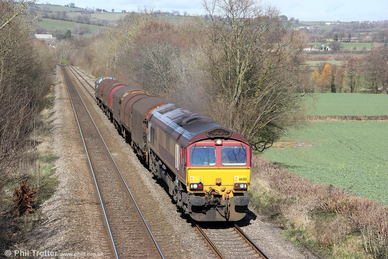 66213 passes Llanover with a short 6V75, 0930 Dee Marsh to Margam on 10th March 2012.