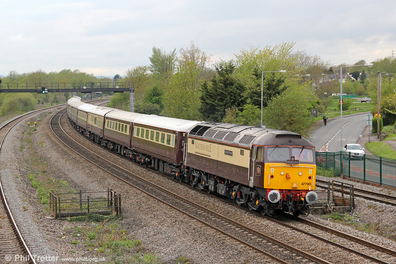 47790 'Galloway Princess' passes Undy with 5Z41, 1650 Pengam to Bath Spa Northern Belle ECS on 27th April 2012.