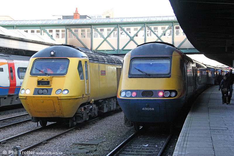 A comparison of HSTs at Nottingham - left is 43062 'John Armitt' with NMT 1Q52, 0734 Derby RTC to Bedford, London St. Pancras and back to Derby RTC and 43058 at the rear of 1D37, 1315 from London St. Pancras on 29th November 2012.