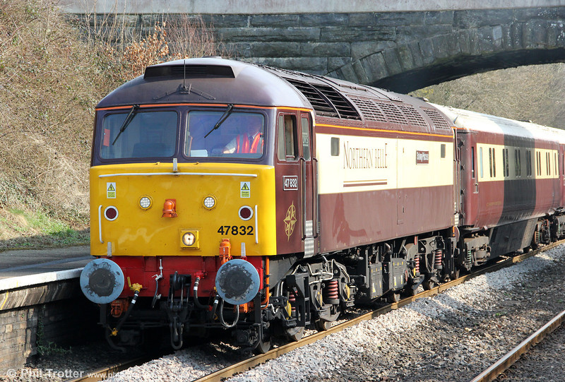 47832 'Solway Princess' in close up at Clarbeston Road station with 5273, 1235 Fishguard Harbour to Clarbeston Road and return on 2nd March 2012. 47832 was new in August 1964 as D1610; its first allocation was to Swansea Landore. It was renumbered 47031 in 1974, 47560 in 1980 and has carried its present number since 1989. Previous names have included 'Tamar' (1982) and 'Driver Tom Clarke OBE' (2005). It is now in its 12th livery since new.