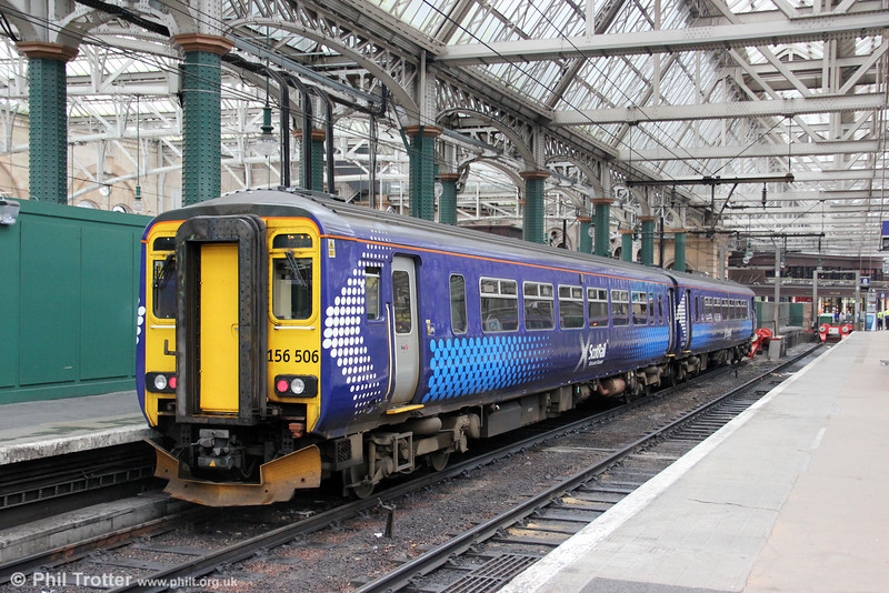 165506 waits at Glasgow Central on 5th August 2012.The unit will form 2J10, 1648 to East Kilbride.