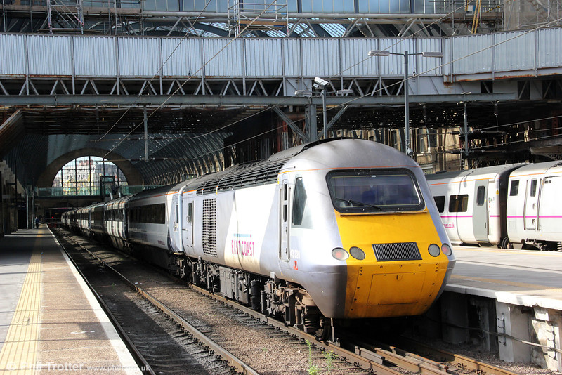 East Coast's 43320 waits to leave London Kings Cross with 1S11, 1000 to Aberdeen on 26th August 2012.