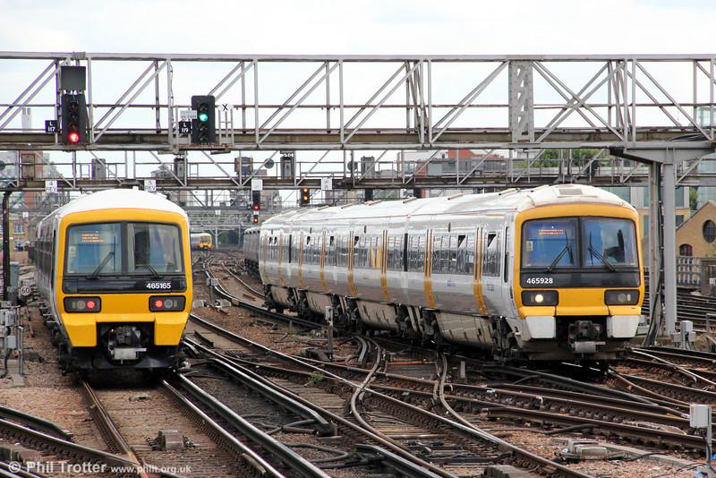 465928 London Bridge forming 2W40, 1439 Sevenoaks to Charing Cross on 26th August 2012