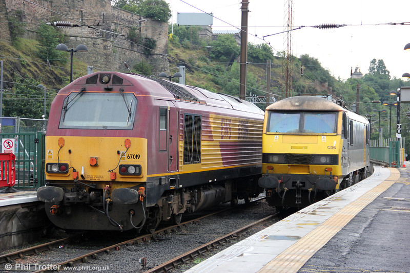 67019 and 90036 parked up at Edinburgh Waverley for Fife Circle and sleeper duties on 6th August 2012.