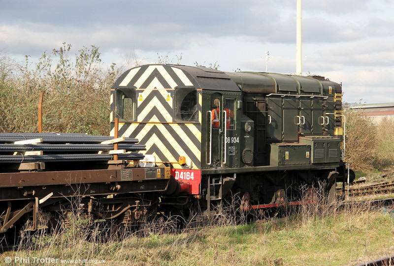 A second view of GBRf's green liveried 08934/D4164 in action at Celsa, Tremorfa on 28th January 2012