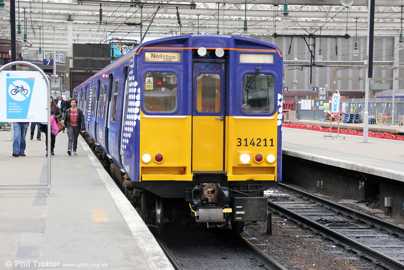 314211 waits to leave Glasgow Central forming 2N30, 1653 to Neilston on 5th August 2012.