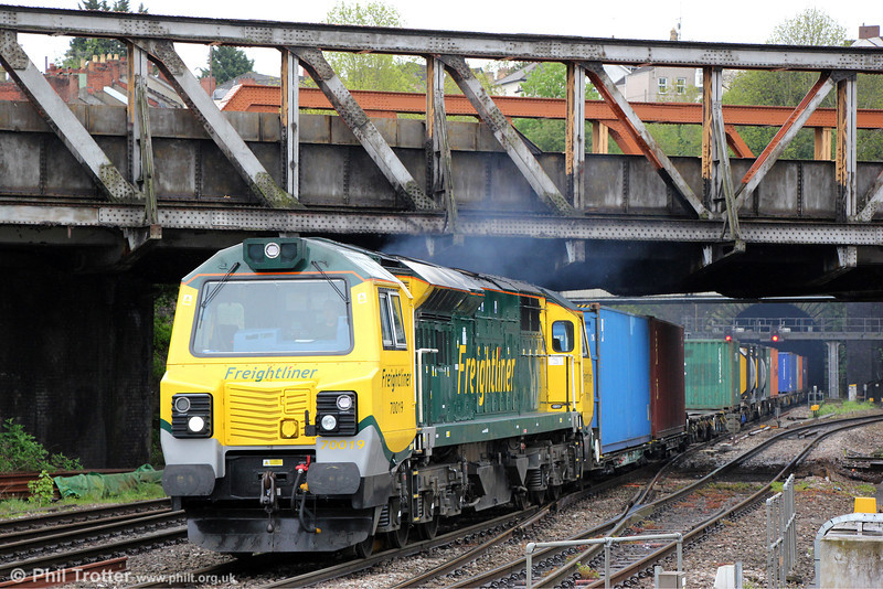70019 at Newport with 4O51, 0958 Wentloog to Southampton Maritime on 14th May 2013.