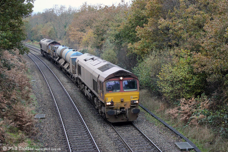 66090 passes Alltygraban with 3S61, the Margam based RHTT on 16th November 2013. 66161 was at the rear.