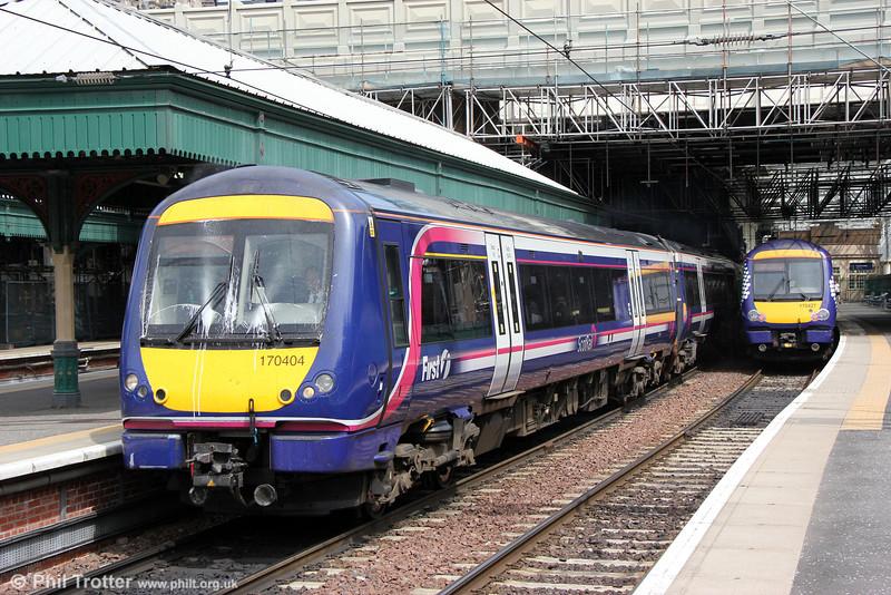 170404 departs from Edinburgh Waverley forming 1R95, 1430 Edinburgh to Glasgow Queen Street on 12th July 2013.
