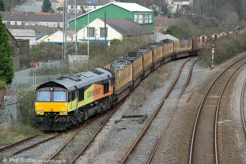 66846 starts its run onto the short Baglan Bay branch at Briton Ferry with 6Z50, 0721 from Chirk to Baglan Bay on 7th January 2013.