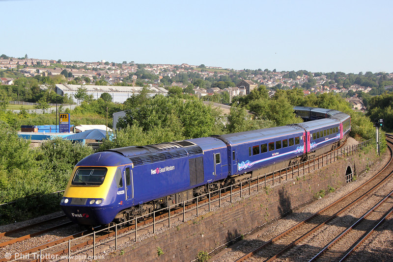 43029 approaches Swansea Loop East with 1L42, 0730 Carmarthen to London Paddington on 25th June 2013.