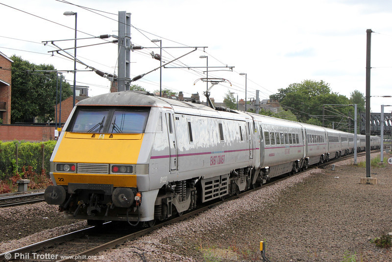 91122 at York propelling 1E17, 1330 Edinburgh to London Kings Cross on 3rd July 2013.