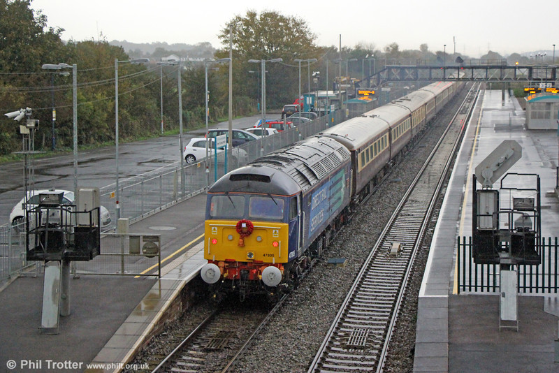 47805 'John Scott' brings up the rear of 1Z62, 0805 Cardiff Central to Kensington Olympia, 'The Northern Belle' at Severn Tunnel Junction on 9th November 2013.