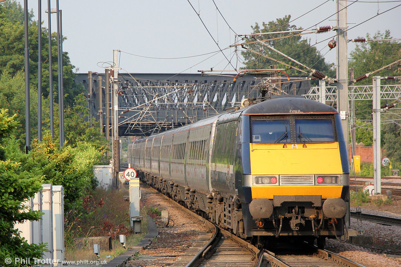 91121 propels 1Y08, 0600 Newcastle to London Kings Cross away from York on 6th July 2013.