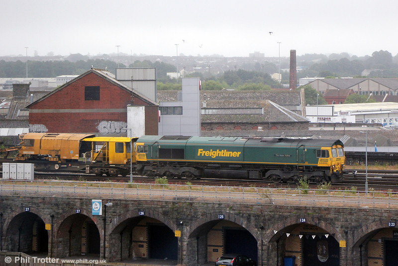 66601 'The Hope Valley' at Bristol Temple Meads with 6Y27, 0730 Standish to Hackney Yard (Newton Abbot) on 30th June 2013.